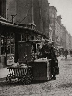 E.O. Hoppé Street Scene, Berlin, 1928