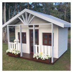Wooden cubby house Gold Coast