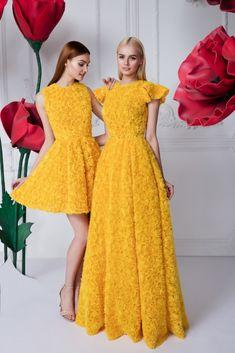 Платье «Эмилия» мини — 29 990 рублей, Платье «Эмилия» макси — 69 990 рублей