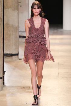 Isabel Marant Spring 2015 Ready-to-Wear - Collection - Gallery - Look 8 - Style.com