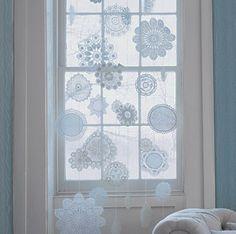 Make a paper snowflake window display