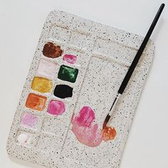 Speckled ceramic paint palette by Sugarhouse Ceramic Co. Speckled ceramic paint palette by Sugarhouse Ceramic Co. Ceramic Clay, Ceramic Pottery, Watercolor Brushes, Watercolor Art, Biscuit, Diy Clay, Art Studios, Making Ideas, Art Projects