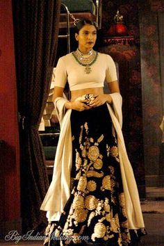 Sabyasachi India Couture Week Sabyasachi Collection, Designs, Fashion Shows, Lehengas & Sarees, Pictures and Photos on Bigindianwedding Indian Fashion Designers, Indian Designer Wear, Pakistani Outfits, Indian Outfits, Bollywood Outfits, Indian Clothes, Indian Attire, Indian Wear, Indian Style