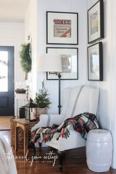 Our Christmas Home Tour: Part Two - The Wood Grain Cottage
