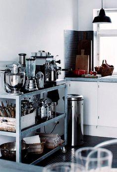 Find mere inspiration til din bolig på madogbolig.dk
