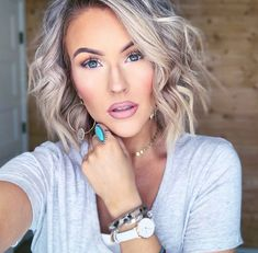 Yuma Turquoise Ring - - Adjustable, matte silver, turquoise, (nickel, lead and chrome free). Wig Styles, Short Hair Styles, Blonde Balayage, Blonde Hair, Virgin Hair Companies, New Hair, Your Hair, Grey Wig, Gray Hair