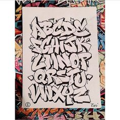 Alphabets - Graffiti street art Source by eshitikova Graffiti Alphabet Styles, Graffiti Lettering Alphabet, Graffiti Font, Graffiti Tagging, Graffiti Artwork, Graffiti Drawing, Graffiti Styles, Graffiti Names, Grafitti Alphabet