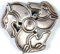 Dacian Symbols for Meditation / Spiritual History Lesson - Humans Are Free Ancient Symbols, Ancient History, Celtic Symbols, Body Art Tattoos, Tatoos, Ancient Art Tattoo, Stone Blocks, Achaemenid, Symbols And Meanings