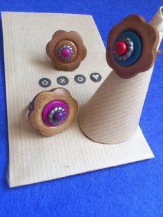 Bouton en bois et pâte polymère pour ces bagues fleurs