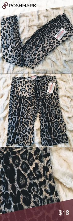 🌹prestiage plus 5🌟rating silky soft animal print 🌹silky soft animal print leggings 🌹elastic waist band 🌹great stretch 🌹comfortable feels silky soft 🌹stunning colors and print 🌹my legging I sell I stand by. All 5 star rating. I posted just some love notes  by my repeat customers 🌹finally my plus size came in this years for summer   🌹 prestiage plus Pants Leggings