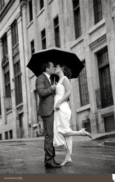 Mariage Poétique Sous la Pluie de Nicole & Emmanuel - 22 août 2010 - Auberge Saint-Gabriel   Photo par Vadim Daniel