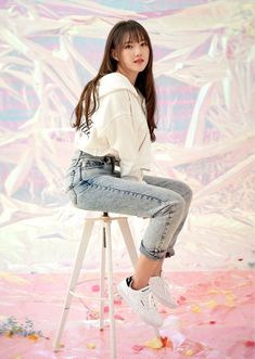 G-Friend poses with Reebok for their 'Dazed and Confused' photoshoot Gfriend And Bts, Sinb Gfriend, Kpop Girl Groups, Kpop Girls, Asian Woman, Asian Girl, Gfriend Album, Dazed Magazine, Bubblegum Pop