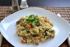 Receptek a kategóriában Keleti rizseshús báránnyal és sárgarépával. Válaszd ki a legjobb receptet a receptmuhely.hu adatbázisából és élvezd a finom ételek ízét. Fried Rice, Dishes, Ethnic Recipes, Food, Desk, Cilantro, Desktop, Tablewares, Eten