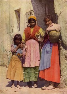 Spanish Gypsy Girls by Jules Gervais-Courtellemont (1863~1931)