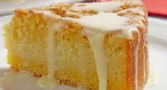 Aprenda a fazer esse bolo maravilhoso com recheio e cobertura com creme de curau INGREDIENTES 2 xícaras (chá) de leite 4 ovos 2 xícaras (chá) de açúcar 1 xícara (chá) de óleo 2 1/2 xícaras (chá) de fubá 1 xícara (chá) de farinha de trigo 1 colher (sopa) de fermento em pó Margarina e farinha …