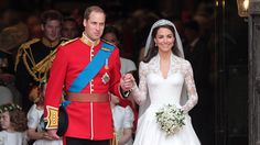 A Look Back at the Royal Wedding of Prince William and Kate Middleton Kate Und William, Kate Middleton Prince William, Prince William And Catherine, Prince Harry And Meghan, Pippa Middleton, Duchess Kate, Duke And Duchess, Duchess Of Cambridge, Second Wedding Dresses