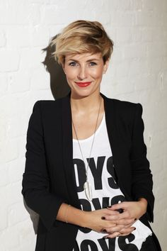 Love the whole look  #short #cut