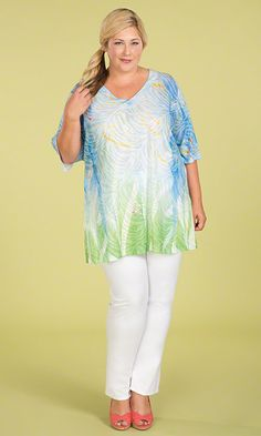 Arianne Top | Light and delicate never looked as bold and beautiful! Fall in love with our Arianne Top! Bright spring color / Sheer fabric / V-neckline / Short sleeves / MiB Plus Size Fashion for Women #plussize #plussizefashion #spring