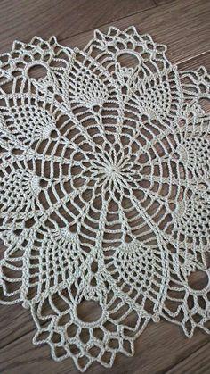 Love Crochet, Hand Crochet, Crochet Lace, Lace Doilies, Crochet Doilies, Lace Centerpieces, Free Crochet Doily Patterns, Doily Wedding, Crochet Skull