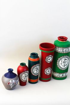 7 Refreshing Tips AND Tricks: Vases Crafts Awesome tall square vases.Clear Vases To Get. Pottery Painting Designs, Pottery Designs, Louis Comfort Tiffany, Clay Vase, Ceramic Vase, Porcelain Vase, Bottle Painting, Bottle Art, Art Nouveau