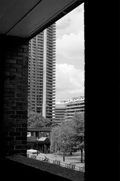 This Brutal Clerkenwell Modern Buildings, Modern Architecture, Barbican, Urban Industrial, Concrete Jungle, Brutalist, Modernism, Eastern Europe, Engagement Shoots