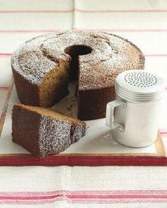 Simple Cake Recipes // Applesauce Cake Recipe