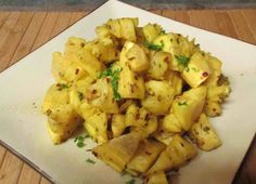 Cassava and Bacon |    Prep time: 5 minutes  Cook time: 20 minutes  Ready in: 25 minutes    Ingredients  - 1 large cassava  - 1 onion well diced  - 4 strips of bacon  - 1 teaspoon of salt  - 1/4 teaspoon of black paper
