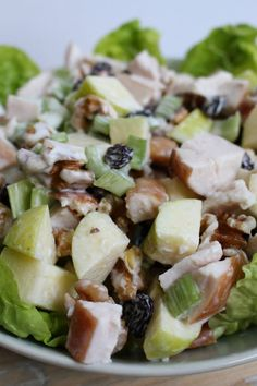 Waldorf salade in 2020 Diet Salad Recipes, Low Carb Recipes, Healthy Recipes, Waldorf Salad, Good Food, Yummy Food, Clean Eating Diet, Soup And Salad, Grilling Recipes
