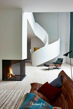 Home Interior, Interior Architecture, Interior Decorating, Interior Design, Curved Staircase, Modern Staircase, Bauhaus, Villa Design, House Design