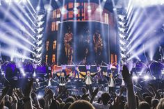 Take That tour: What fans can expect after opening night in Glasgow - Manchester Evening News Opening Night, Holidays And Events, Glasgow, Night Life, Times Square, Fair Grounds, Take That, Tours, Zurich