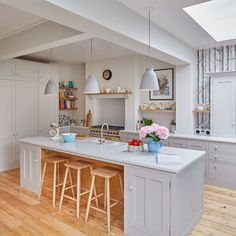 Country kitchen Layout - Before and after from cramped galley kitchen to supersized extension. Black Kitchen Cabinets, Diy Kitchen Island, Kitchen Layout, New Kitchen, Kitchen Decor, Kitchen Ideas, Kitchen Units, Kitchen Inspiration, Country Kitchen Designs