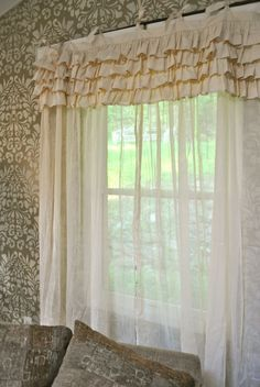 Ivory Shabby Chic Bedroom Curtain by PaulaAndErika by kitty Cortinas Shabby Chic, Rideaux Shabby Chic, Baños Shabby Chic, Shabby Chic Curtains, Rustic Curtains, Shabby Chic Bedrooms, Shabby Chic Kitchen, Shabby Chic Homes, Drapes Curtains