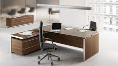 Eos modern desk for the executive office – Executive Home Office Design Executive Office Furniture, Modern Office Desk, Office Furniture Design, Office Table Design, Reception Desk Design, Home Office Design, L Shaped Executive Desk, Executive Room, Eos