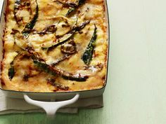 This lasagna alternative is SOOO good! Corn and Poblano Lasagna Recipe : Marcela Valladolid Network Top Recipes, Mexican Food Recipes, Vegetarian Recipes, Cooking Recipes, Lasagna Recipes, Lasagna Food, Mexican Dishes, Veggie Recipes, Sausage Lasagna