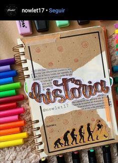 Portada y plantilla de historia PDF en el link. Diy Notebook Cover, Diy Décoration, Journal Inspiration, It Works, Doodles, Bullet Journal, Notes, Study, Scrapbook