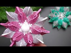 Christmas Ornaments To Make, Christmas Toys, Christmas Tree Decorations, Felt Ornaments, Foam Crafts, Diy And Crafts, Origami Christmas Ornament, Eva Youtube, Holiday Crafts
