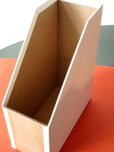 How to make your own cardboard magazine holders