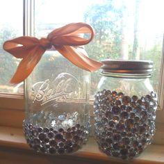 Cute idea for piggy banks. Mason jars &jewels
