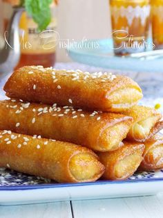 Cigares aux cacahuètes et miel, Chhiwat ramadan 2015 Chhiwat Ramadan, Morrocan Food, Tunisian Food, Algerian Recipes, Desserts With Biscuits, Ramadan Recipes, Exotic Food, International Recipes, Sweet Recipes