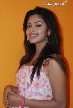 - Amala Paul Photographs  IMAGES, GIF, ANIMATED GIF, WALLPAPER, STICKER FOR WHATSAPP & FACEBOOK