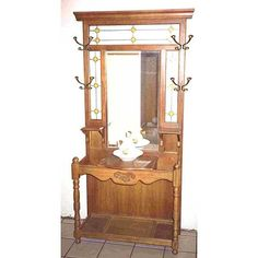 American Furniture Design - Woodworking Project Paper Plan to Build Antique Hall Tree, Antique Hall Tree, Antique Coat Rack, Victorian Hall, Pulaski Furniture, Tree Plan, Perfect Glass, Beveled Mirror, Leaded Glass, Furniture Makeover