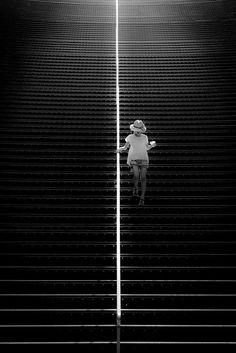 black & white photography, photography model, stairway, black white photography, inspiring photography, photography art, foto, stairs white, stair lighting
