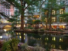 36 hours in San Antonio, from hip restaurants to fun attractions