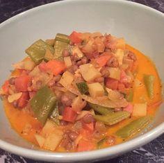 Linseneintopf mit Gemüse und Erdäpfel #lowcarb #nocarb #zuckerfrei #nosugar #healthy #fancy #food #foddie #foodlover Zucchini, Curry, Salsa, Mexican, Fancy, Vegan, Ethnic Recipes, Food, Carrots