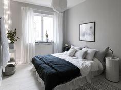 Fresh home in black and white - via Coco Lapine Design