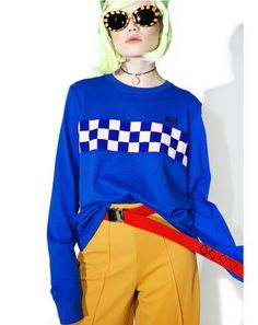 x-Girl Checkered Panel Long Sleeve Tee cuz you're the grrl we just can't get enough of, bb! This sikk long sleeve tee features a comfy, slouchy blue construction, banded trim, pink checker print panel across the chest, and teeny X Girl logo.