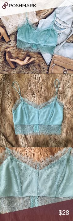 Topshop lace hem detail bralette crop top NWOT A brand new without tags lace bralette / crop top by topshop. Pretty lace detail. Zipper up the back. US size 6. Topshop Tops Crop Tops