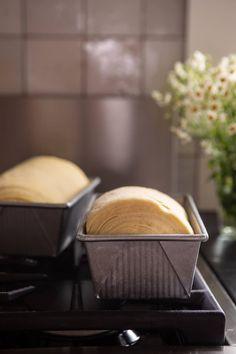 Flaky Honey Brioche Bread in bread pan before baking Brunch Recipes, Bread Recipes, Cooking Recipes, Coffee Recipes, How To Make Bread, Food To Make, Brioche Bread, Pan Bread, Bread Baking