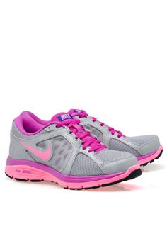 Shop Nike grey Dual Fusion Run 525752-015 for Women in UAE - NI727SH30AQZ a4bff762e99