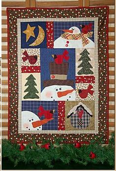 love this snowman winter wall hanging quilt Christmas Patchwork, Christmas Quilt Patterns, Christmas Sewing, Christmas Projects, Christmas Log, Christmas Quilting, Xmas, Primitive Christmas, Country Christmas